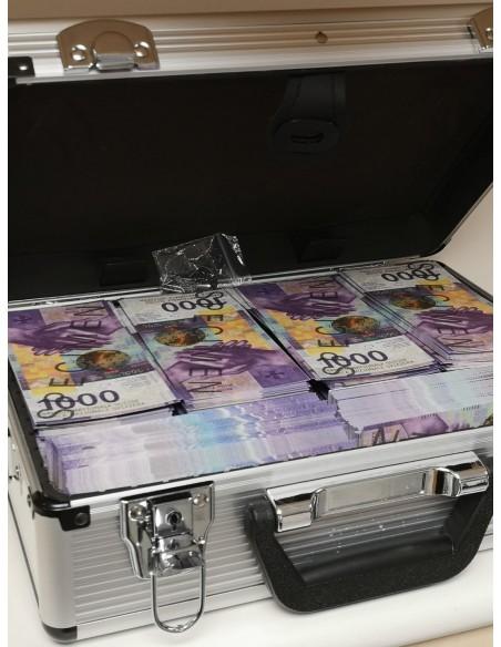 mallette de multi millionnaire en francs suisses
